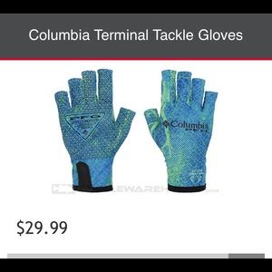 de49a6d8a Columbia · Columbia PFG Tackle Gloves ~ NWT